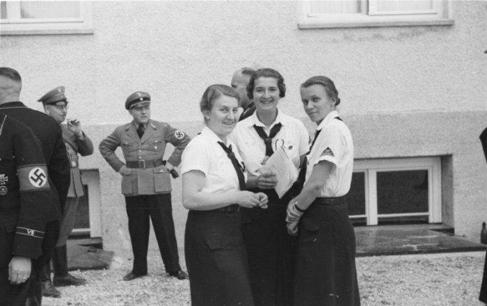 besuch-bdm-kz-dauchau-1936